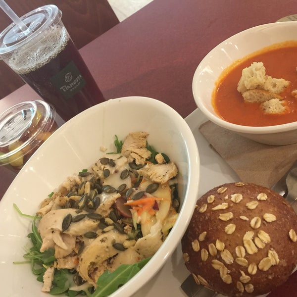 Photo taken at Panera Bread by Alexandre . on 11/20/2017