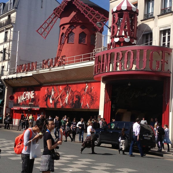 Photo taken at Moulin Rouge by Kelly M. on 4/14/2013