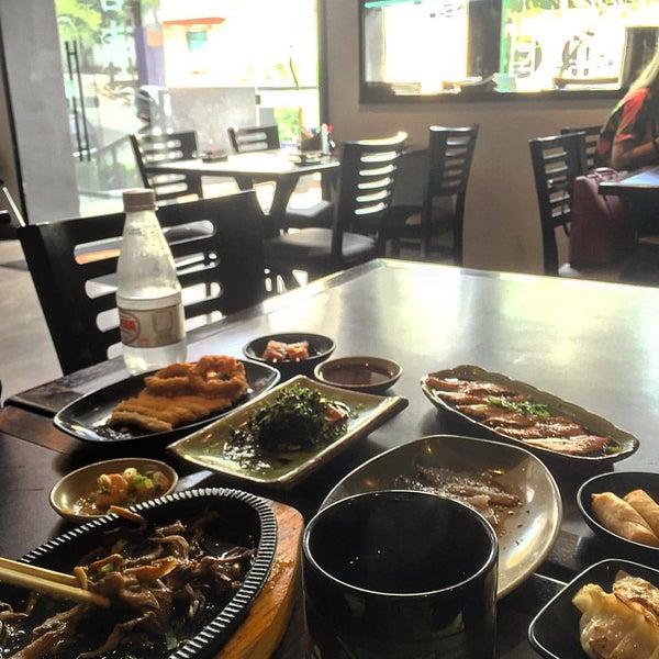 Photo taken at Joy Sushi by Flavinha O. on 11/8/2015