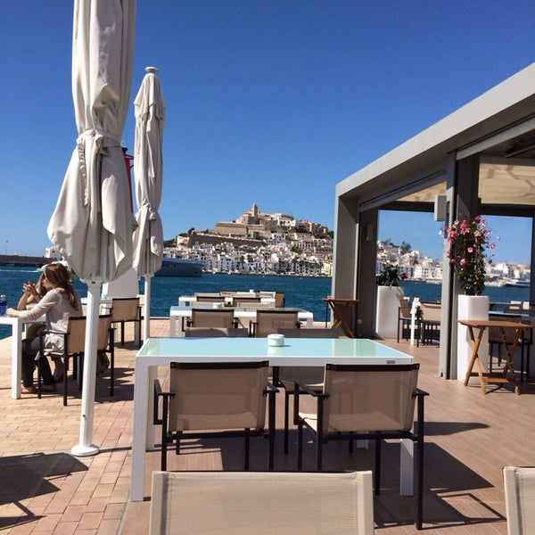 Where's Good? Holiday and vacation recommendations for Ibiza, Spain. What's good to see, when's good to go and how's best to get there.