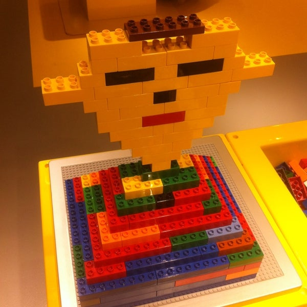 Photo taken at LEGO Store by Maarten D. on 4/15/2014