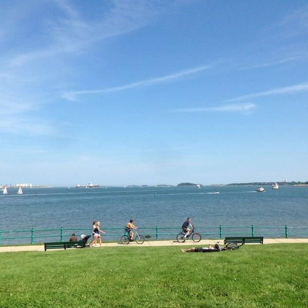 8/17/2013 tarihinde Sarah W.ziyaretçi tarafından Castle Island'de çekilen fotoğraf
