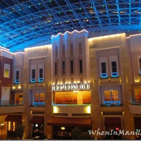 Photo taken at Republiq by Kelvin® on 12/6/2012