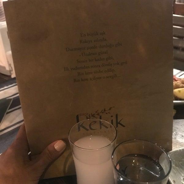 Das Foto wurde bei Kekik Restaurant von Nilgun S. am 8/25/2018 aufgenommen