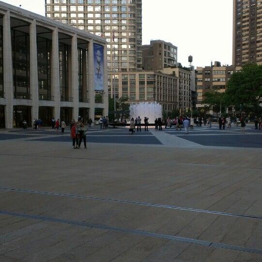 6/14/2013にGrace B.がLincoln Center for the Performing Artsで撮った写真