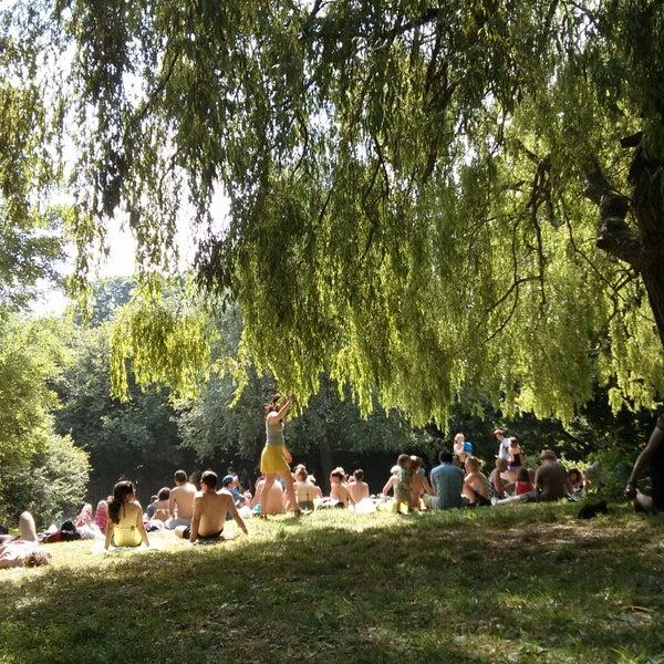 7/14/2013 tarihinde Biel G.ziyaretçi tarafından Hampstead Heath'de çekilen fotoğraf