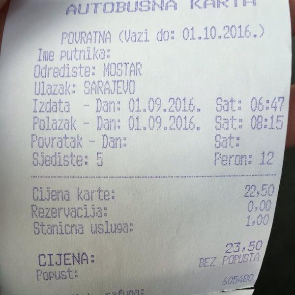 90 lardan kalma gibi gözüken bir terminal. Mostar gidiş dönüş bir kişi 23.5 km. Biletinizi gişeden alıyorsunuz, Türkiye deki gibi ayrı ayrı firma yazıhaneleri yok