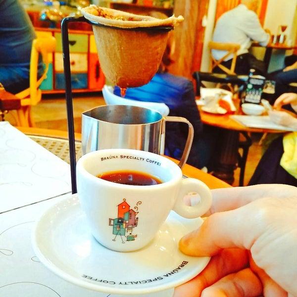Foto tirada no(a) Florbela Café por Jorge S. em 7/25/2016