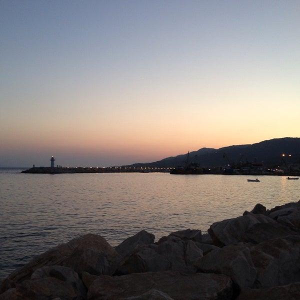 8/15/2013 tarihinde Nermin B.ziyaretçi tarafından Küçükkuyu Limanı'de çekilen fotoğraf