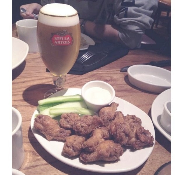 Photo taken at Outback Steakhouse by Heidi S. on 2/23/2014