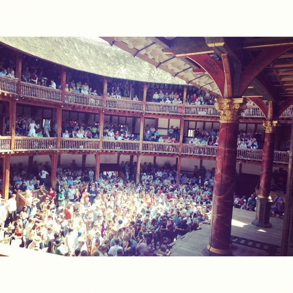 Photo taken at Shakespeare's Globe Theatre by Anna L. on 7/27/2013