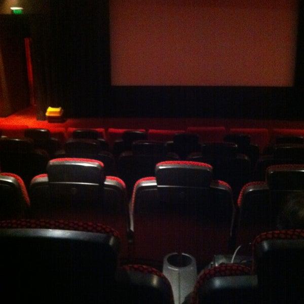 Foto tomada en Spectrum Cineplex por NursalS K. el 1/21/2013