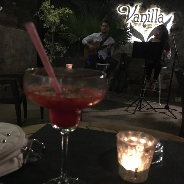 5/13/2017 tarihinde Gözde Y.ziyaretçi tarafından Vanilla Lounge'de çekilen fotoğraf