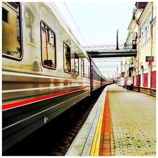 Photo taken at Железнодорожный вокзал Владивостока / Vladivostok Railway Station by Masaki O. on 6/14/2013
