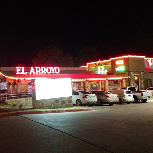 Photo taken at El Arroyo by Larry M. on 2/15/2014