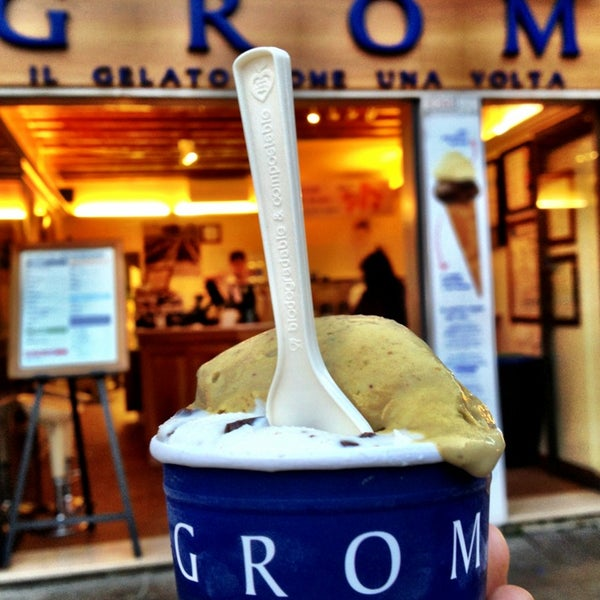 Photo taken at Grom by Pinpach P. on 9/16/2014