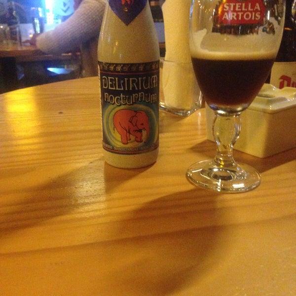 Foto tomada en The Beer Box por Ennio R. el 3/6/2015