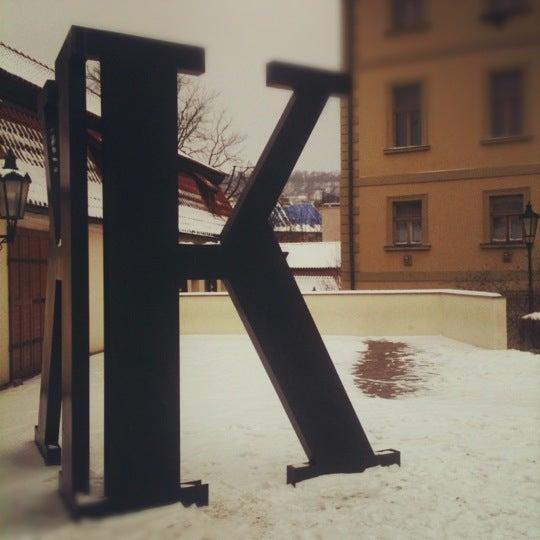 1/20/2013 tarihinde Victor M.ziyaretçi tarafından Franz Kafka Museum'de çekilen fotoğraf