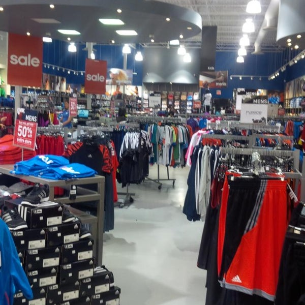 Shoe Sales In Mississauga