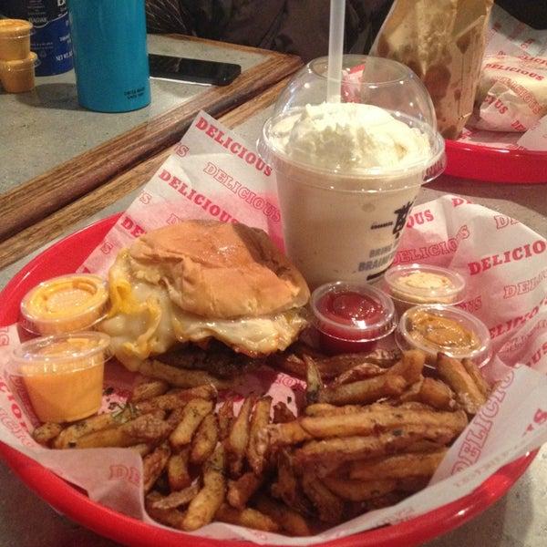 Das Foto wurde bei Good Stuff Eatery von Anne L. am 1/22/2013 aufgenommen