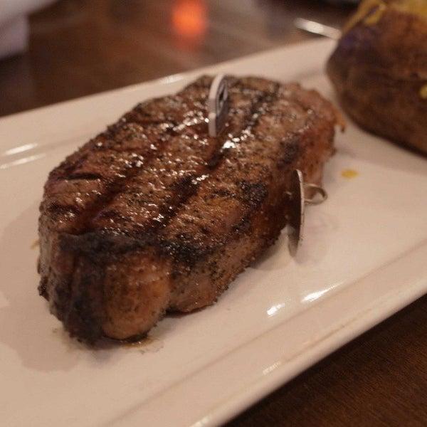 Foto tomada en Taste of Texas por markenne el 3/20/2013