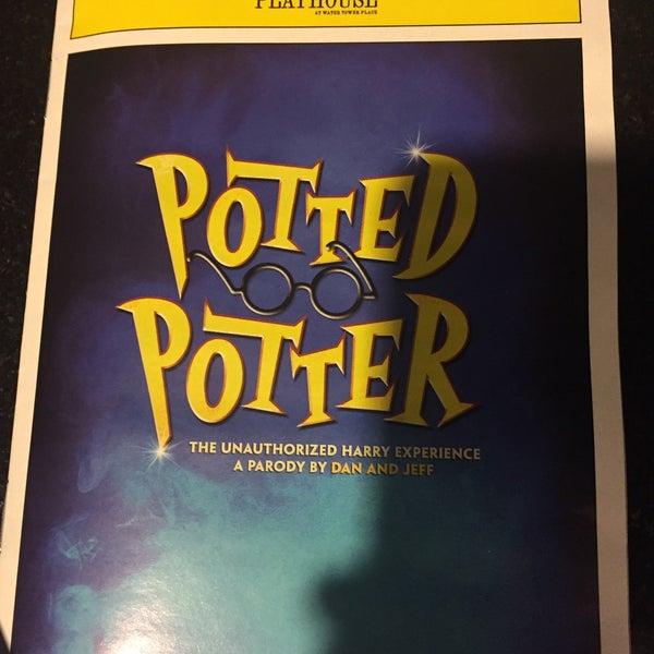 Снимок сделан в Broadway Playhouse пользователем Natalia B. 12/2/2015
