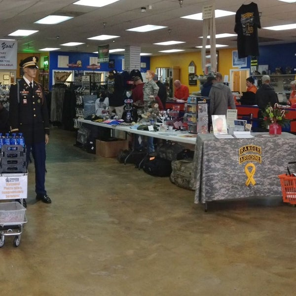 Photo taken at Commando Military Supply by Commando Military Supply on 1/13/2016