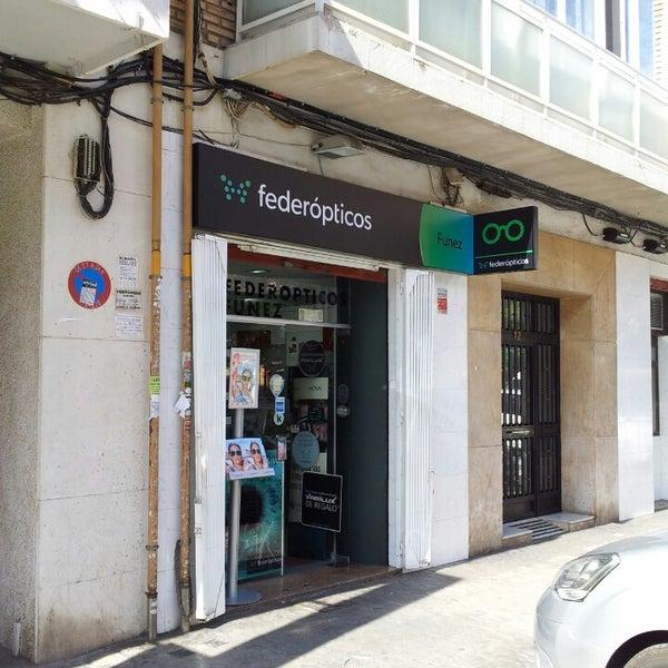 211 ptica federopticos optical shop in valencia