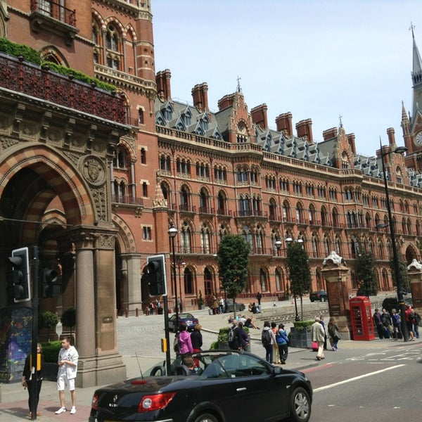 Photo taken at London St Pancras International Railway Station (STP) by Marcelo G. on 5/26/2013