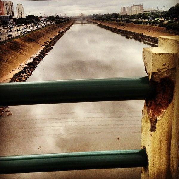 Photo taken at Ponte do Limão by Rodrigo F. on 1/14/2013
