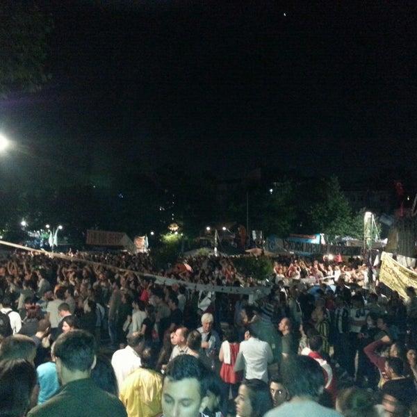 6/8/2013にCaner Ö.がTaksim Gezi Parkıで撮った写真