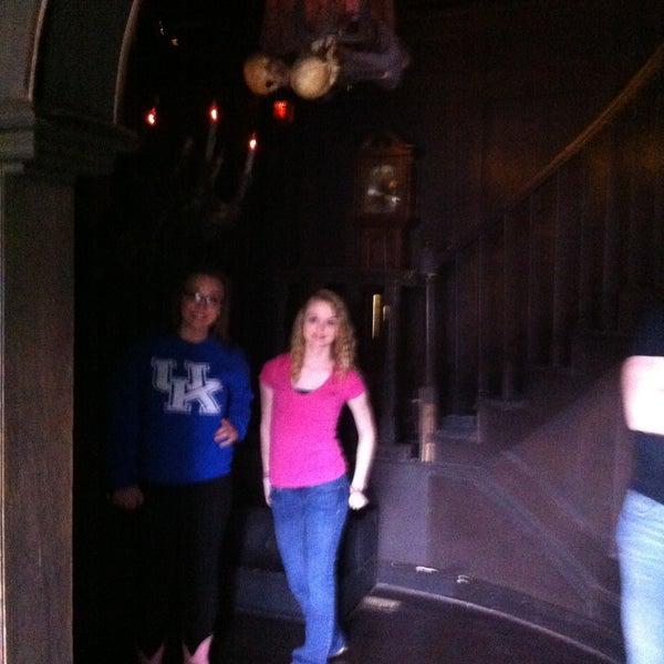 Foto diambil di Mysterious Mansion oleh Lori L. pada 4/13/2013