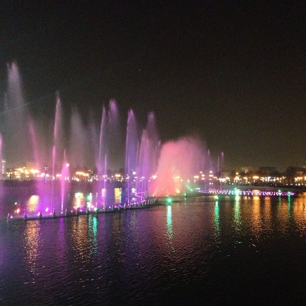Photo taken at King Abdullah Park by Loay Z. on 10/24/2013