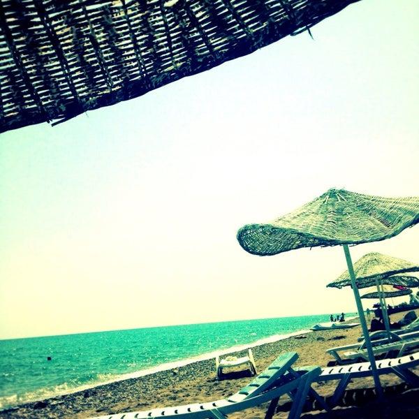 8/29/2013 tarihinde Esin Zekoş E.ziyaretçi tarafından Ünlüselek Beach'de çekilen fotoğraf