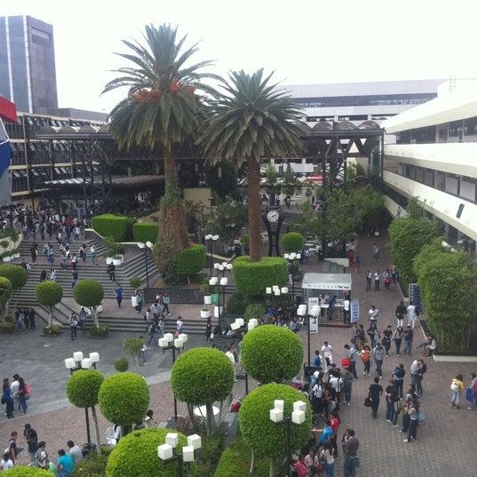 10/12/2012 tarihinde Hum R.ziyaretçi tarafından Universidad La Salle'de çekilen fotoğraf