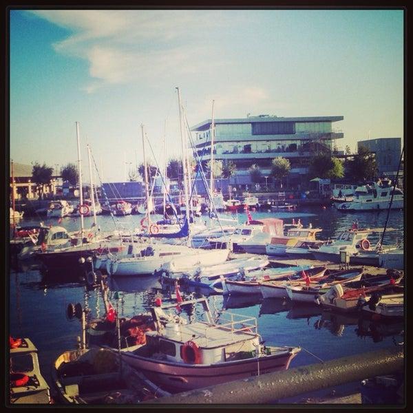 9/10/2013 tarihinde Selin Ö.ziyaretçi tarafından Ataköy Marina'de çekilen fotoğraf