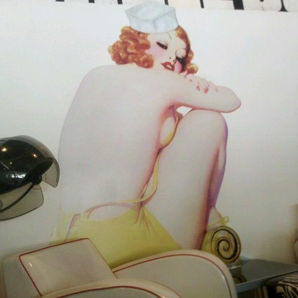 Bombshell Beauty Studio Salon Barbershop In Five Points