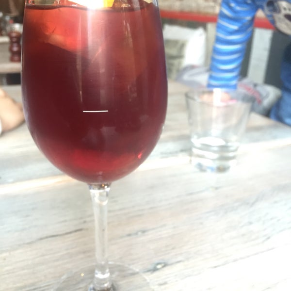 Sangria here is a MUST!! Best ever, tappas are fantastic - beef cheek, potatoes. Seafood Paela was cooked right but missing a bit of flavour to give it a kick!