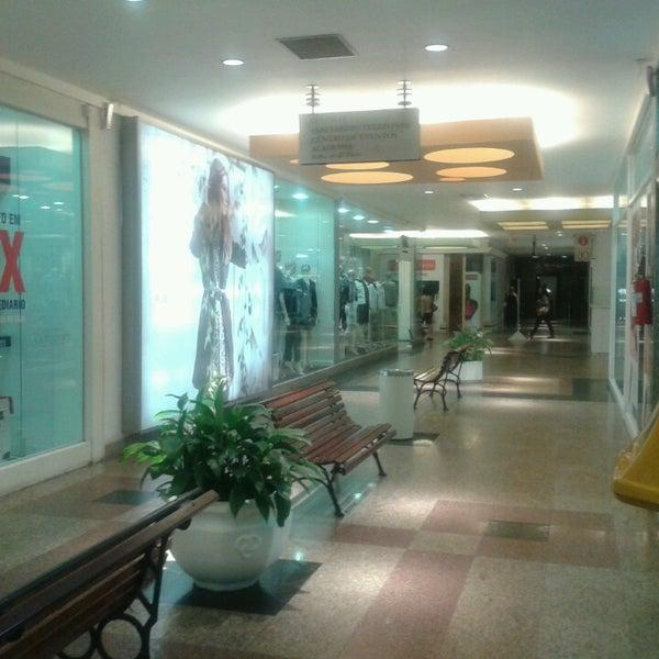 Foto tirada no(a) Itajaí Shopping Center por Marcelo N. em 4/9/2013