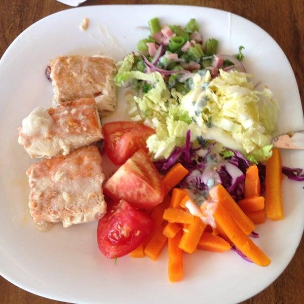 Foto tirada no(a) Restaurante Catarina631 por Simyalê R. em 8/22/2014