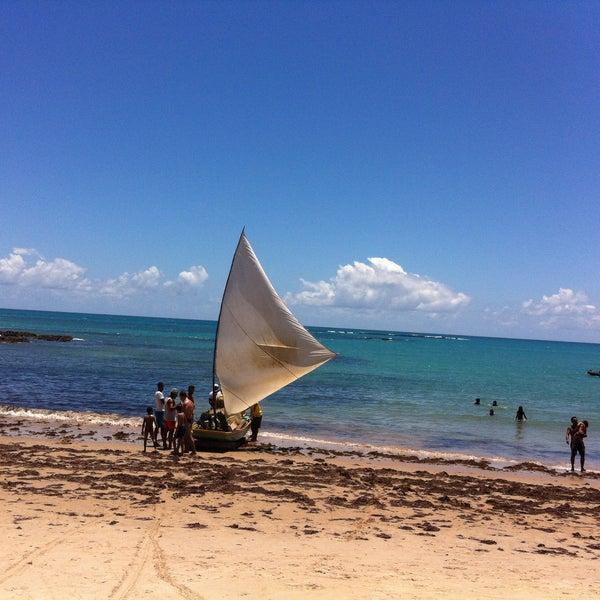 Foto tirada no(a) Praia da Garça Torta por Marcio S. em 1/8/2015