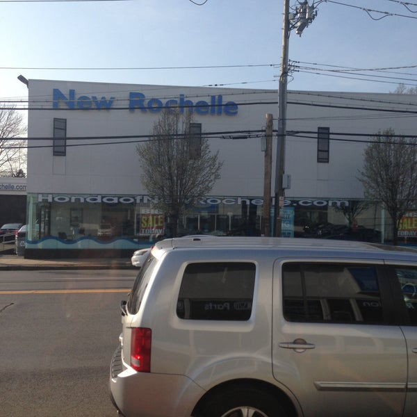 Photo Taken At Honda Of New Rochelle Express Service By Ricky R. On 4/