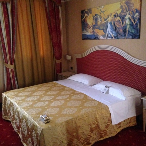 Courtesy of personnel and lovely superior rooms, just 10 minutes from fair and city center