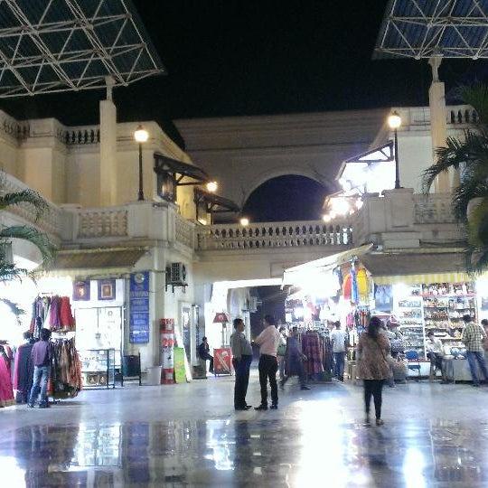 Galleria Mall: Photos At Galleria Mall