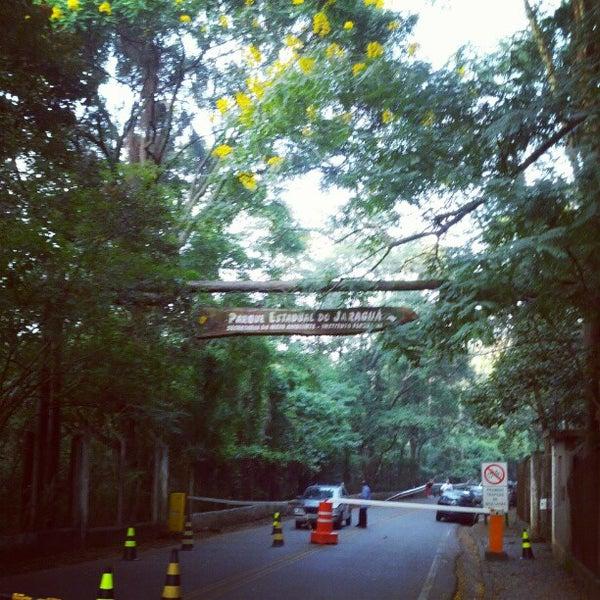Photo taken at Parque Estadual do Jaraguá by Wilton d. on 3/5/2013