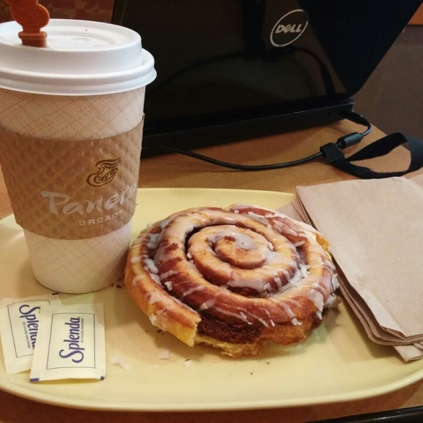 Photo taken at Panera Bread by Andrea O. on 10/11/2014