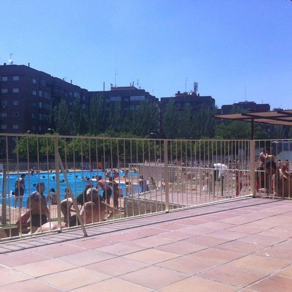 Fotos en piscina municipal pe uelas arganzuela 13 tips for Piscina municipal en madrid