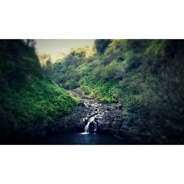 Photo taken at Wailua Valley State Wayside by V on 12/11/2014