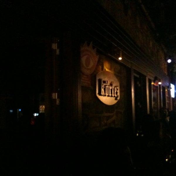 รูปภาพถ่ายที่ Körfez Bar โดย Kaan T. เมื่อ 8/24/2013
