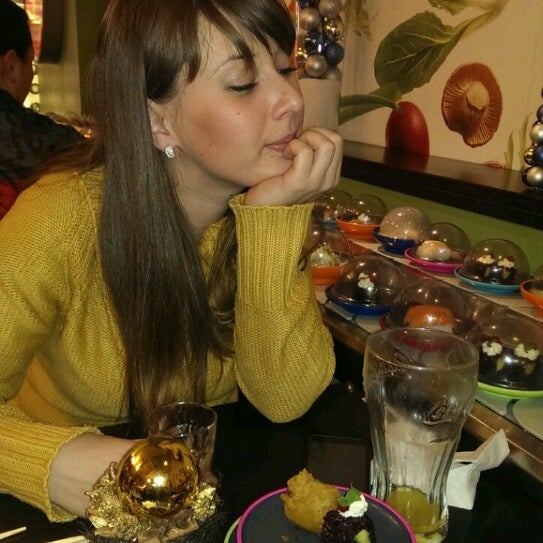 Photo taken at Okiru Running Sushi by Сузана С. on 12/29/2013